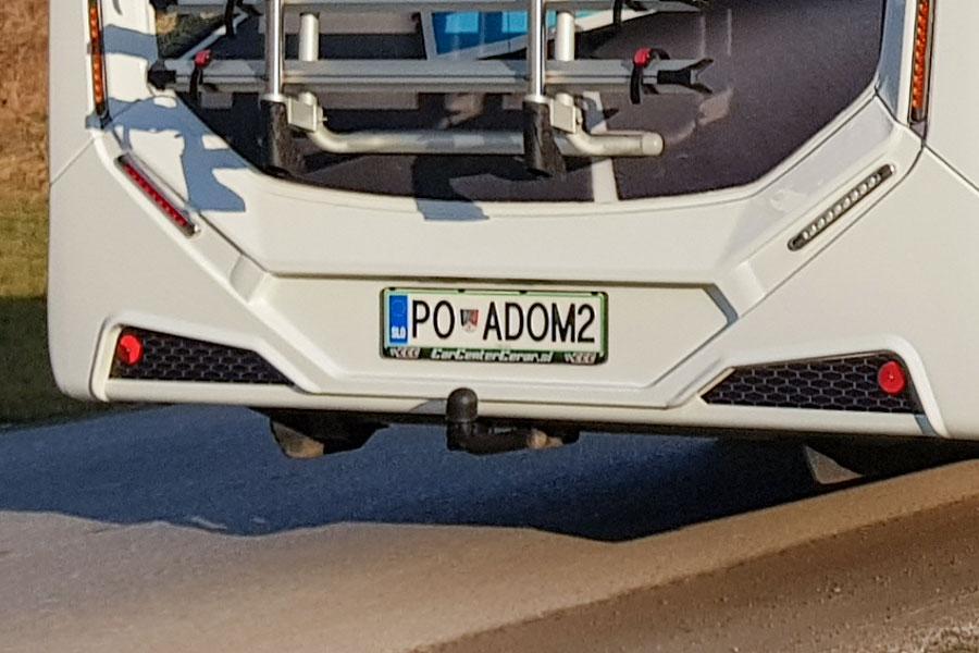 Avtodom z vlečno kljuko